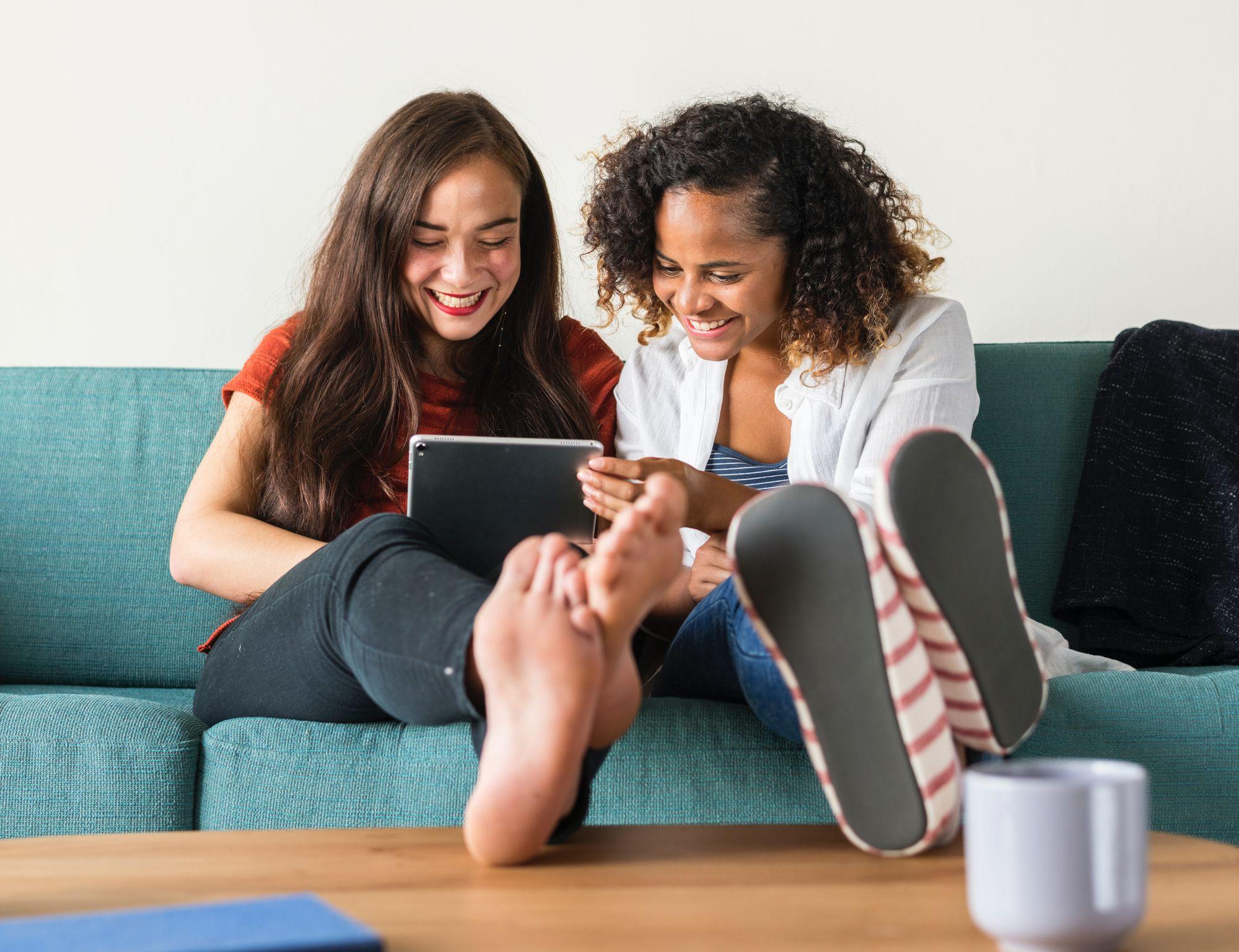 Friends-getting-Tennats-Liablity-Insurance