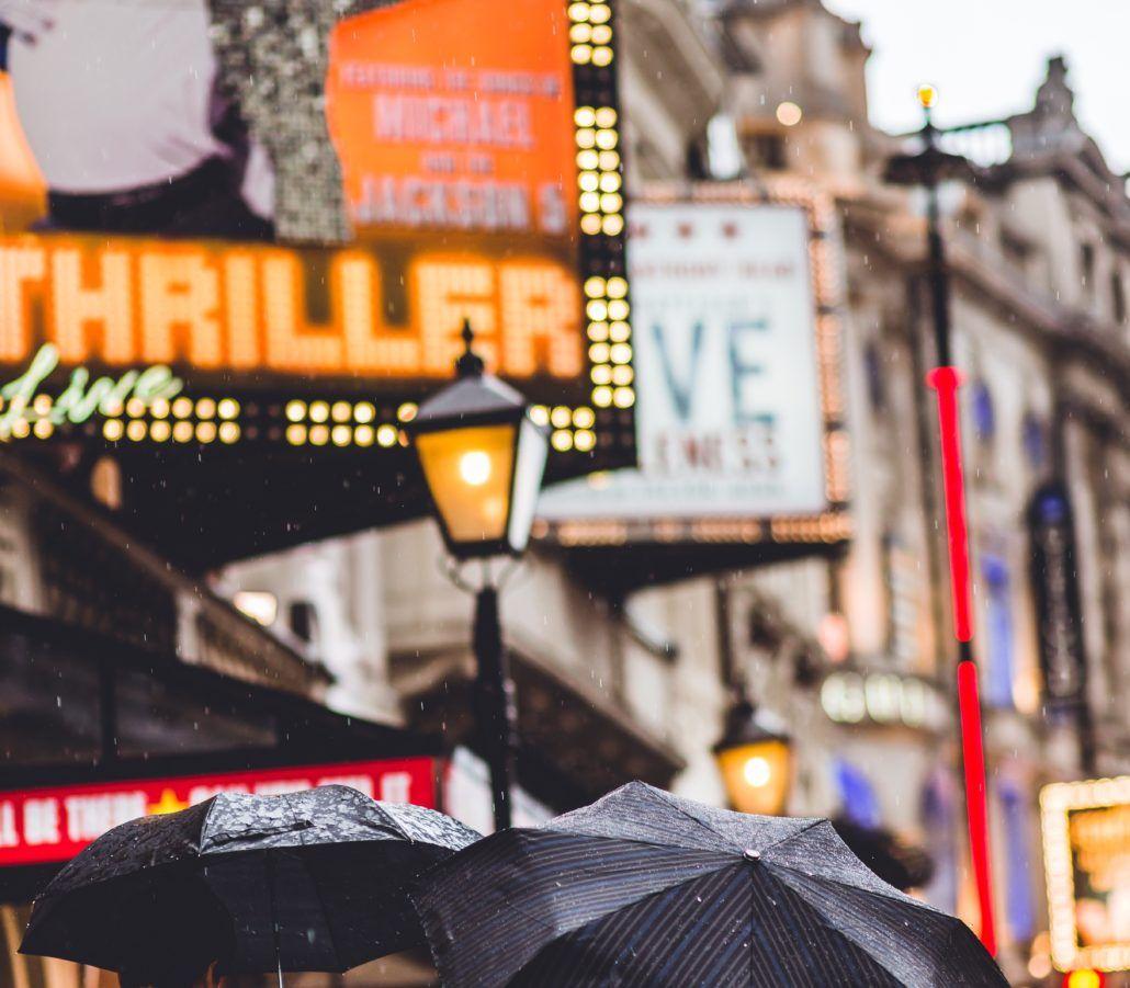 Street-on-a-theatre-